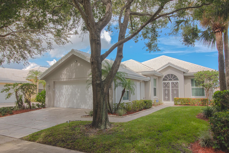 940 Bear Island Circle, West Palm Beach, FL 33409