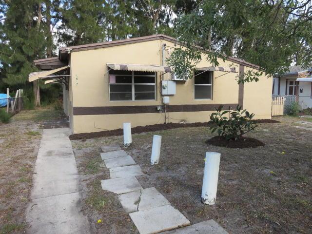 5617 Pinewood Avenue, West Palm Beach, FL 33407