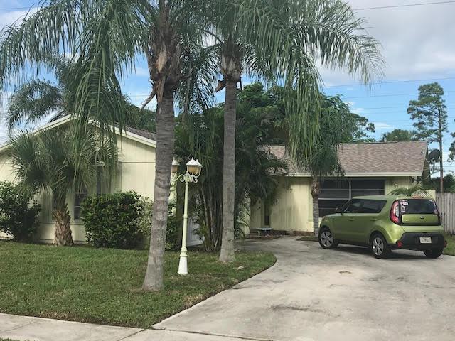 207 W Canterbury W Drive, West Palm Beach, FL 33407