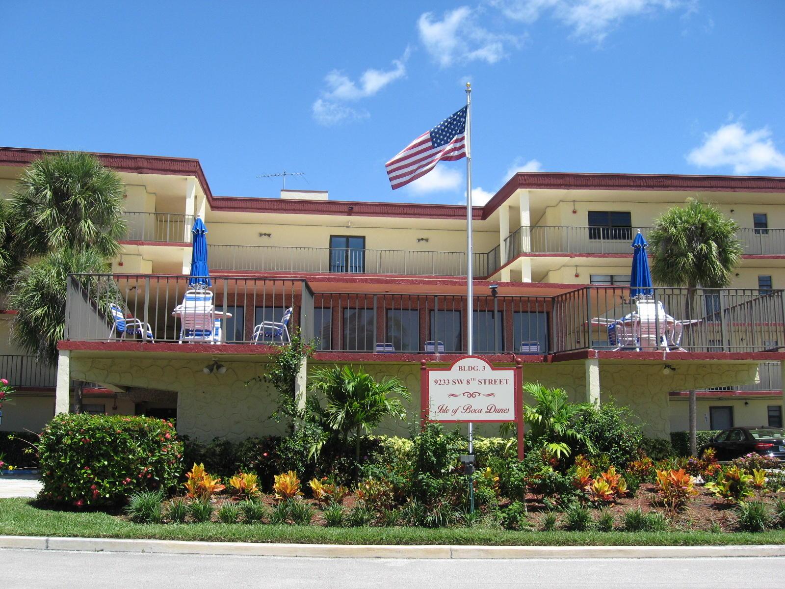 9233 Sw 8th Street, Boca Raton, FL 33428