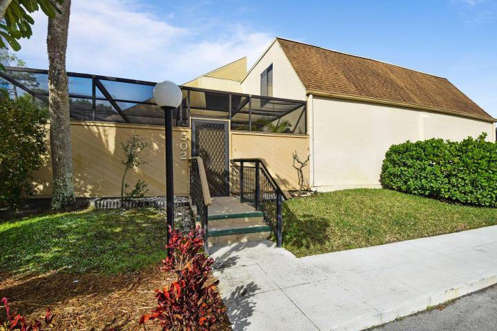1100 Se Mitchell Avenue, Port Saint Lucie, FL 34952