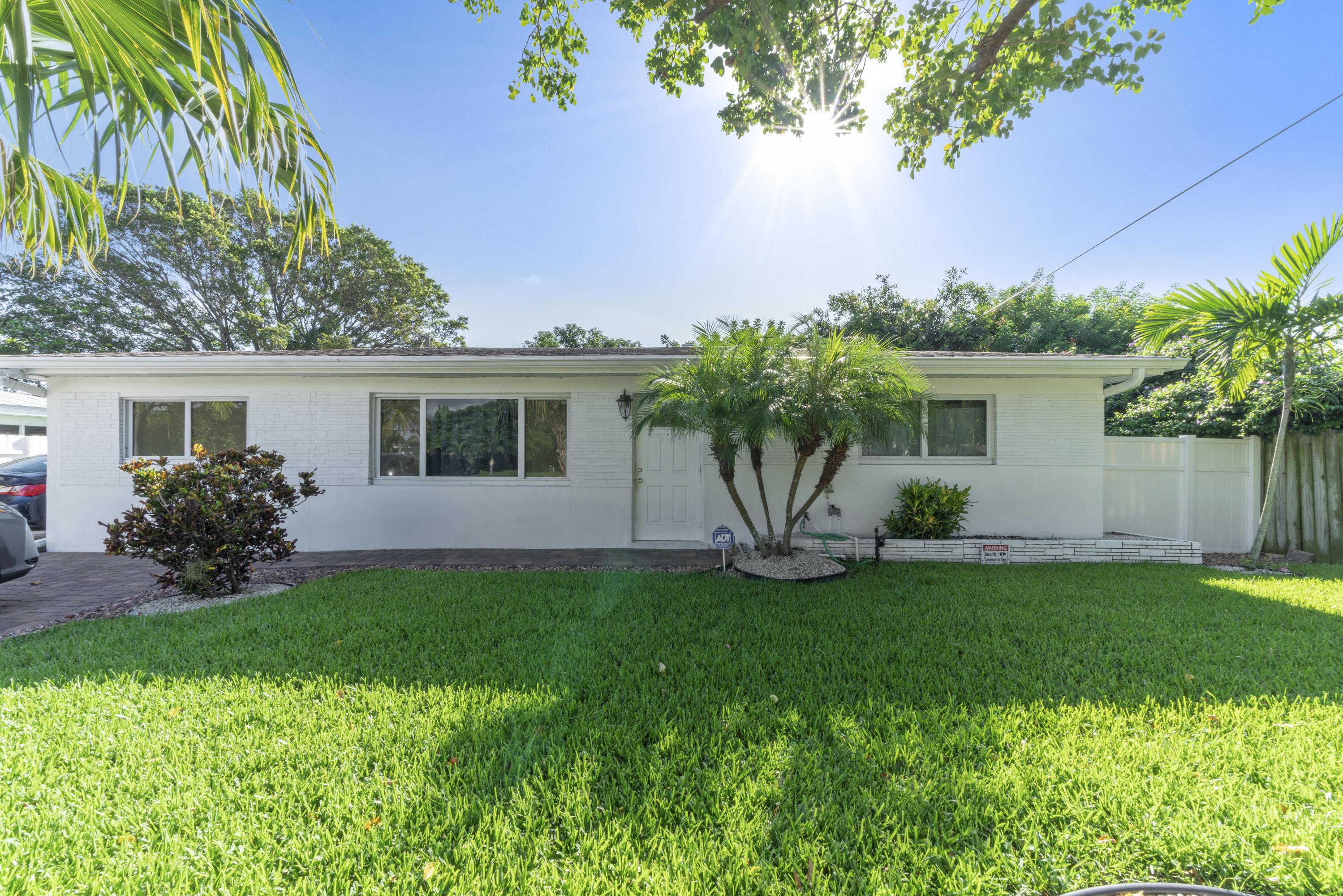 874 Nw 2nd Avenue, Boca Raton, FL 33432