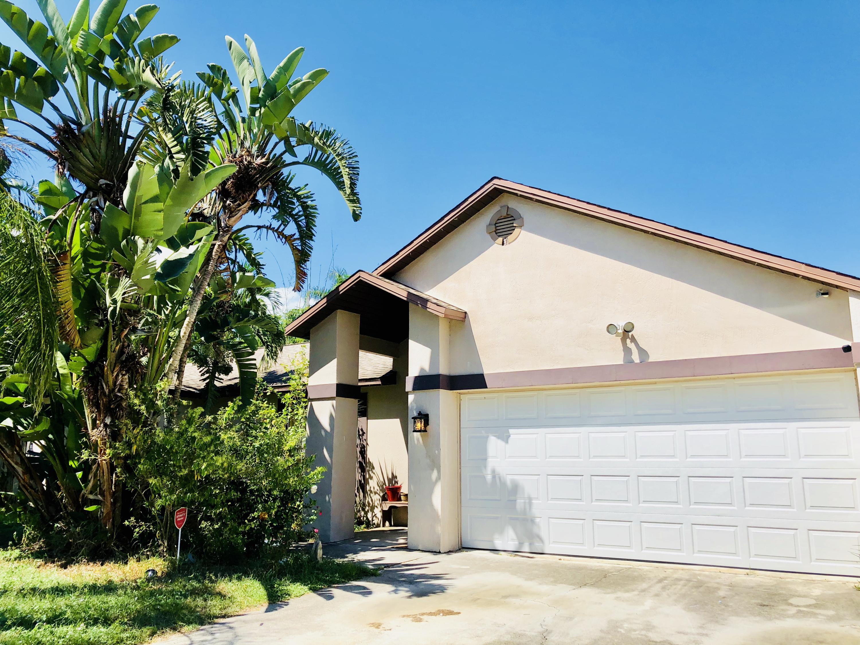 1731 Sw Dove Lane, Port Saint Lucie, FL 34953