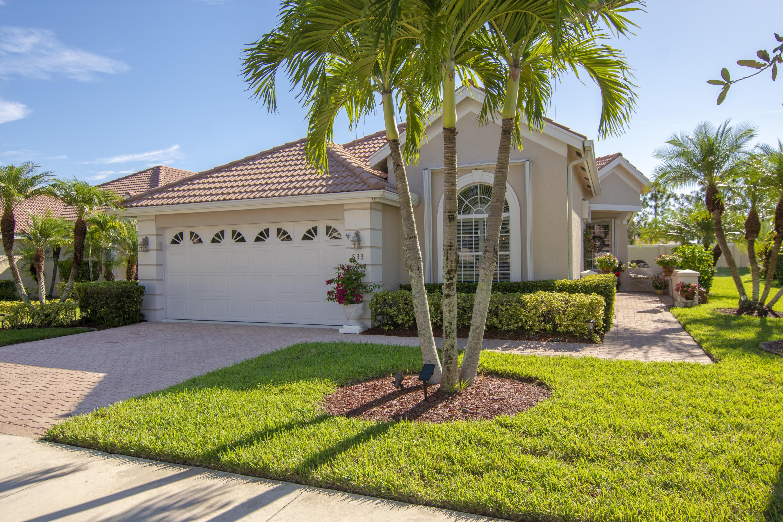 833 Sw Saint Andrews Cove, Port Saint Lucie, FL 34986