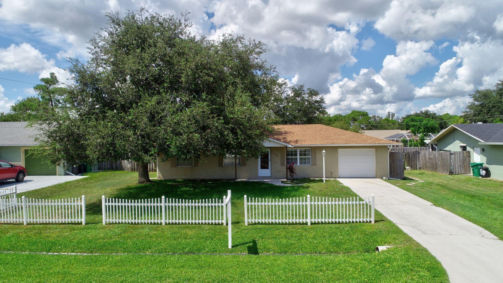 174 Nw Peach Street, Port Saint Lucie, FL 34983