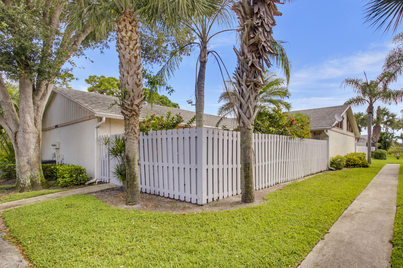 8842 Ranta Court, Boynton Beach, FL 33436