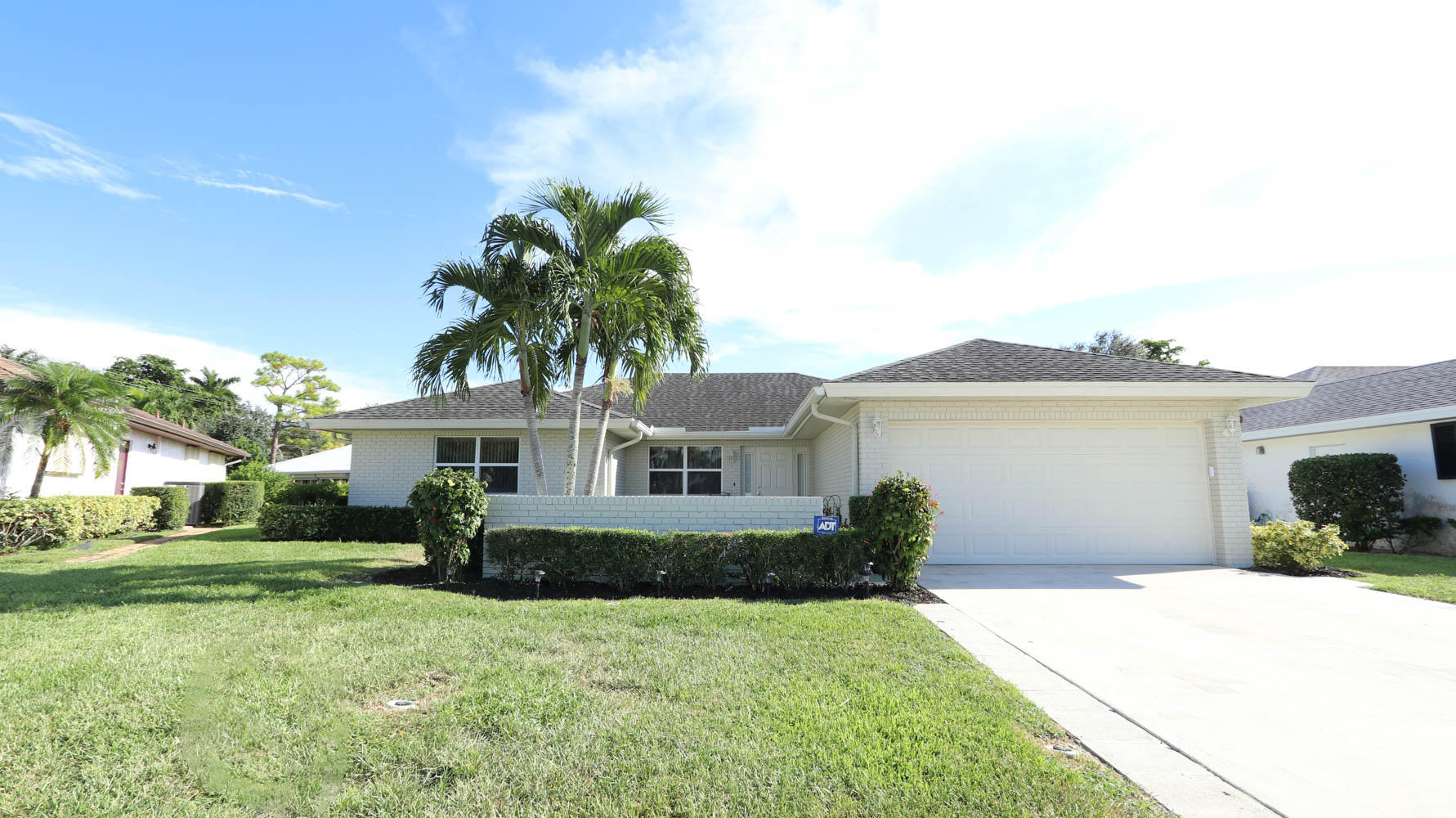 10716 Greentrail S Drive, Boynton Beach, FL 33436