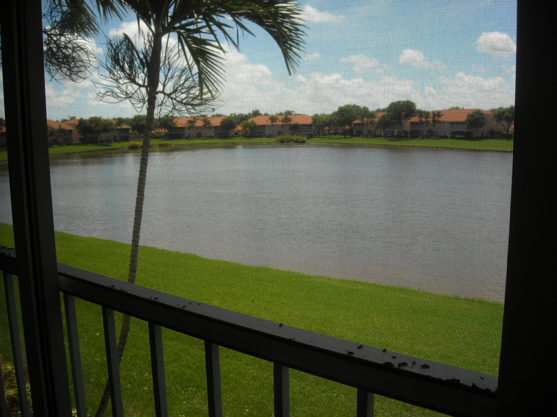 9769 Seacrest Circle, Boynton Beach, FL 33437