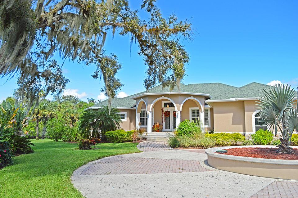 11298 Muller Road, Fort Pierce, FL 34945