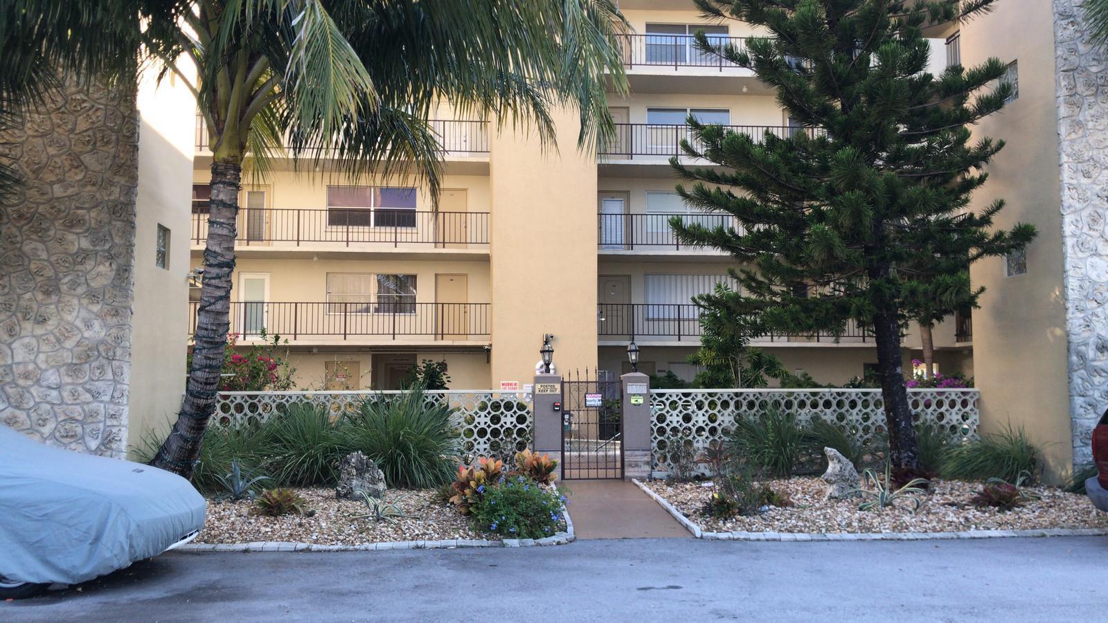 1750 Jefferson Street, Hollywood, FL 33020