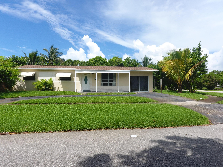 1351 Nw 50th Avenue, Lauderhill, FL 33313