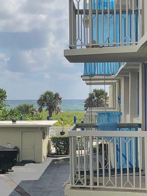 125 S Ocean Avenue, Palm Beach Shores, FL 33404