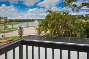 503 Se Castle Court Court, Port Saint Lucie, FL 34952