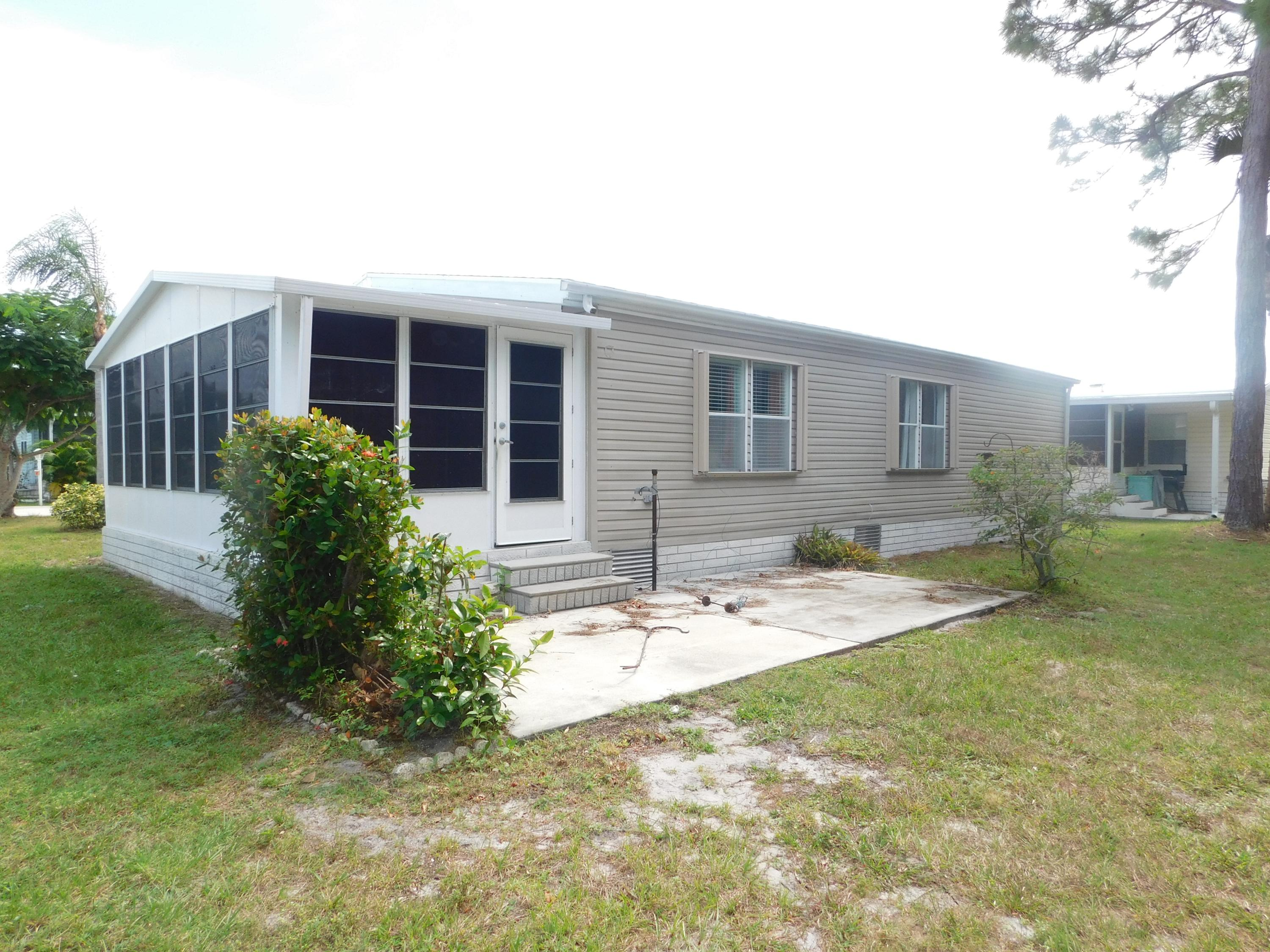 207 Mangrove Bay Place, Fort Pierce, FL 34982
