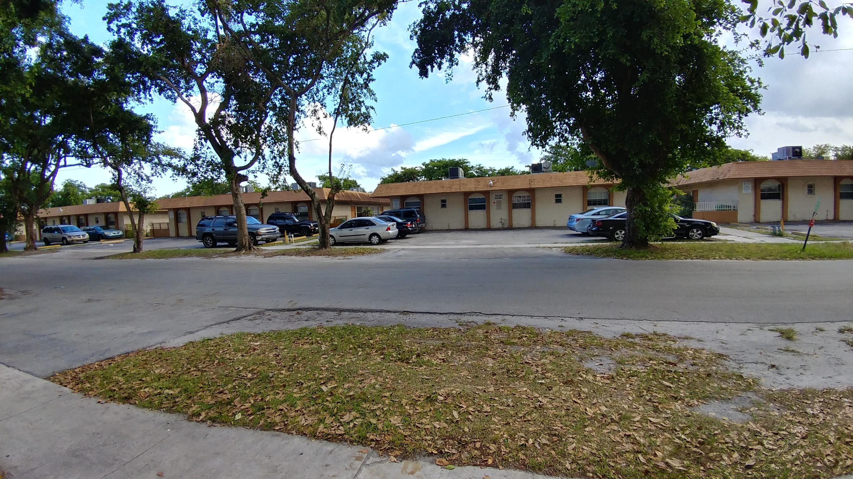 5310 Nw 24th Street, Lauderhill, FL 33313