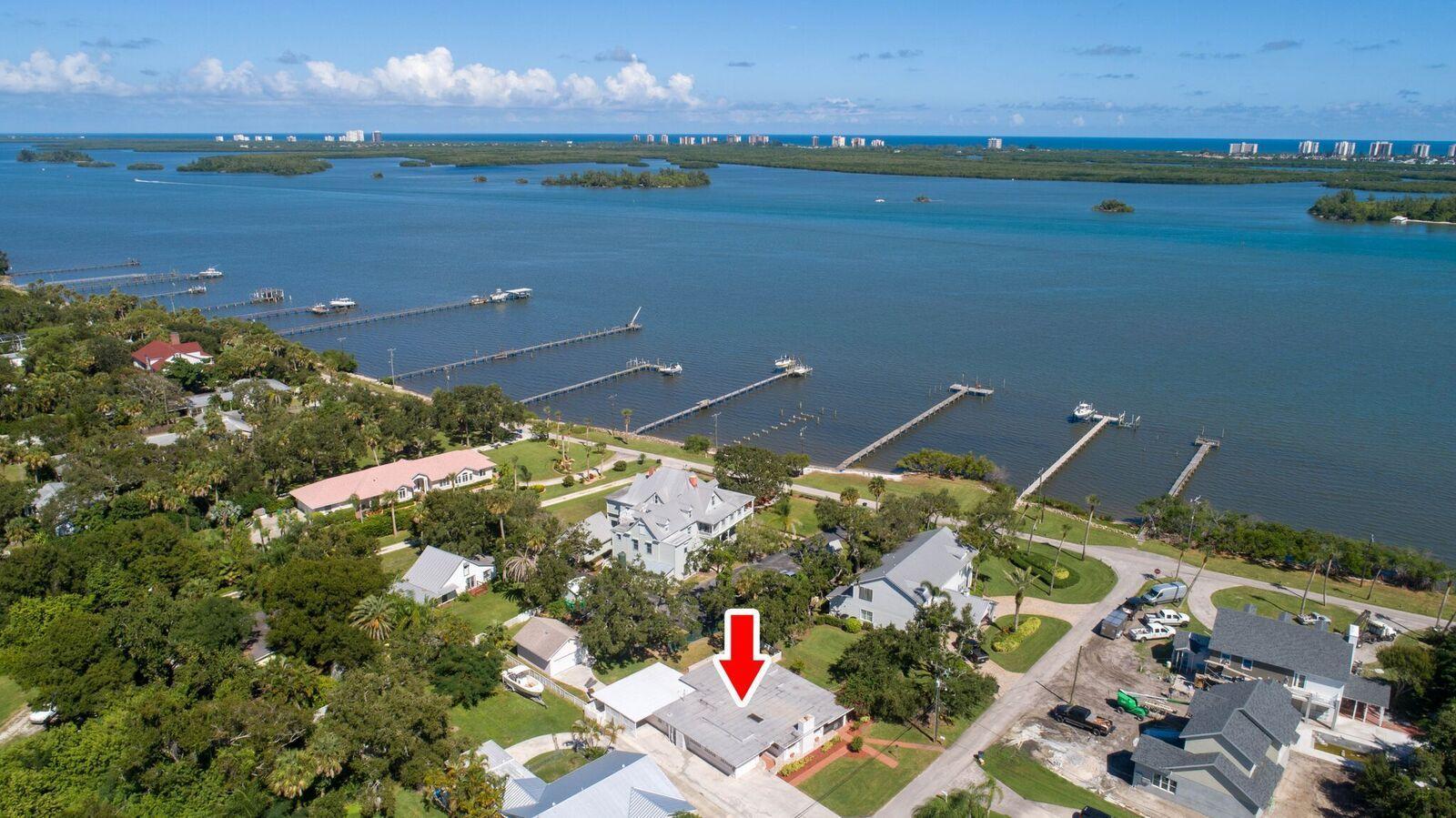 106 Yacht View Lane, Fort Pierce, FL 34946