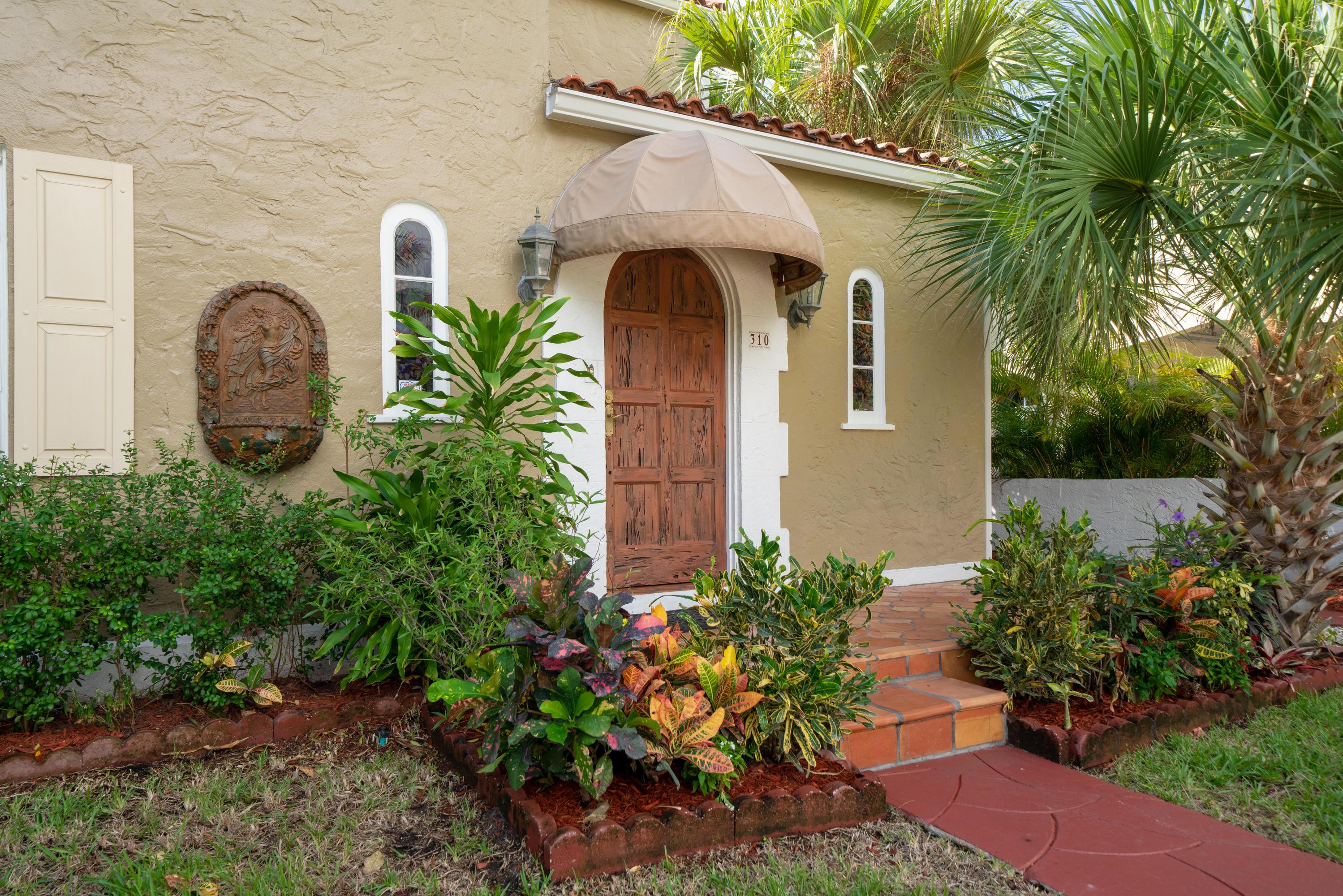 310 Granada Road, West Palm Beach, FL 33401