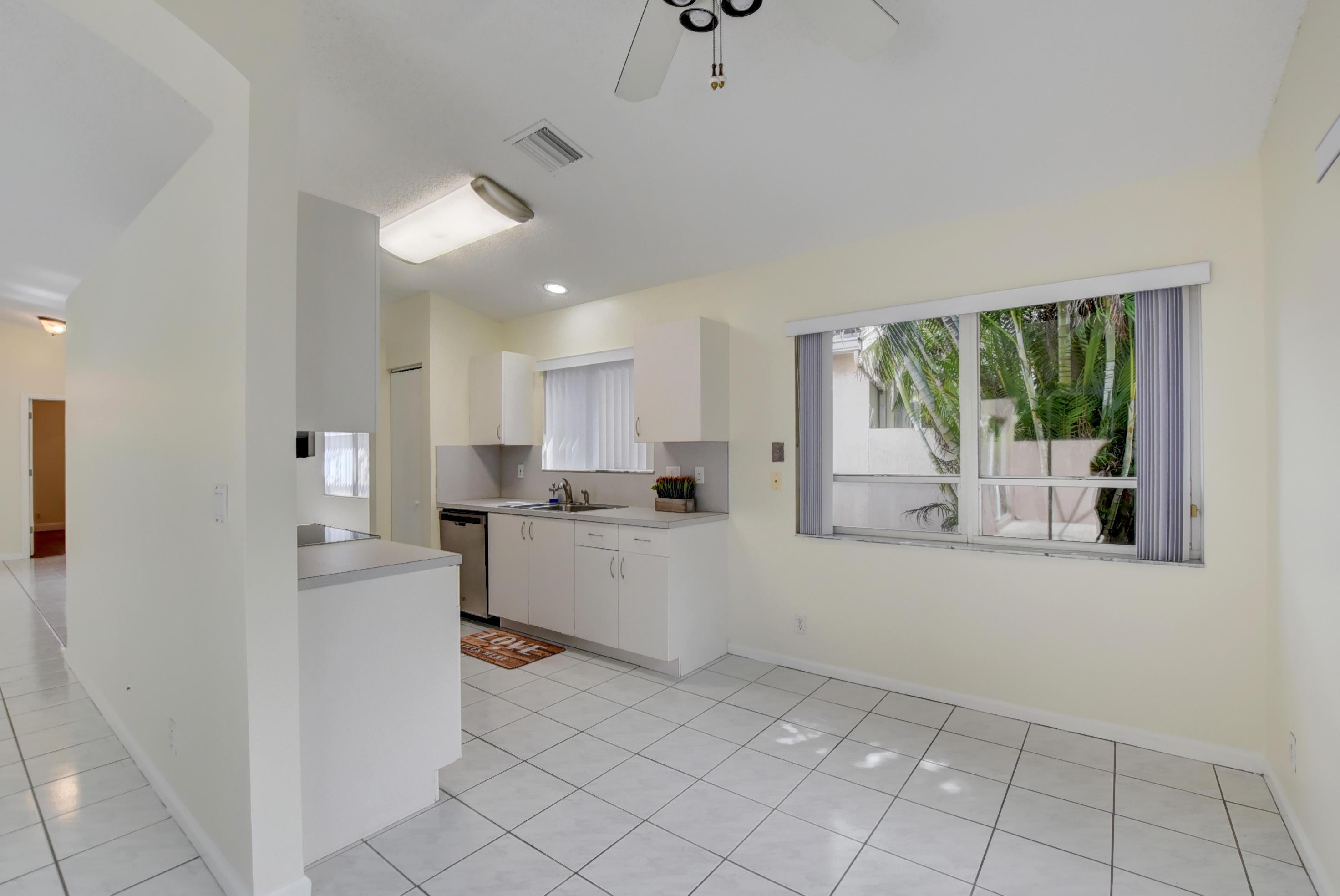7884 Travelers Tree Drive, Boca Raton, FL 33433