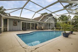 8669 154th N Court, West Palm Beach, FL 33418