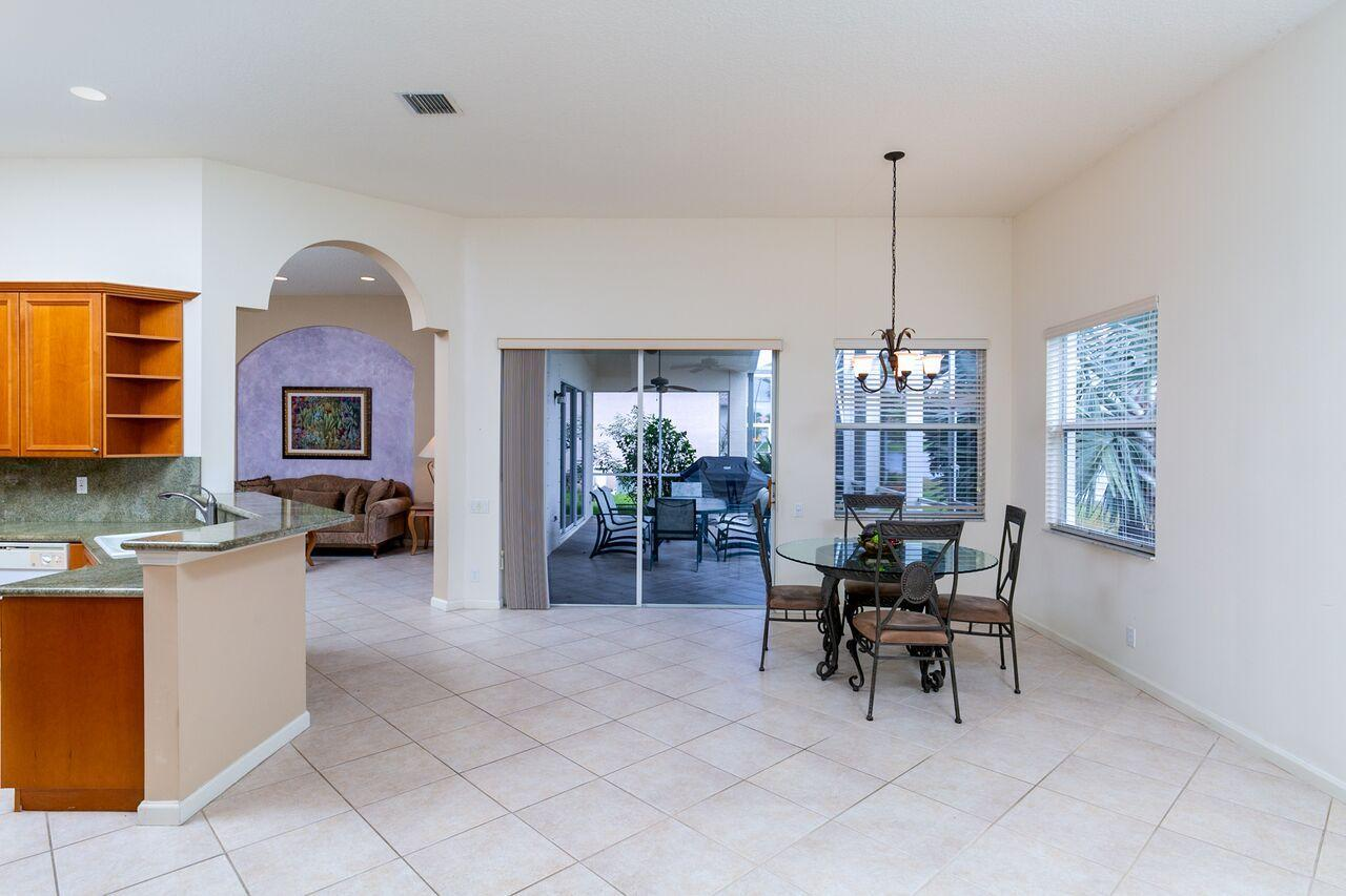 388 Nw Shoreview Drive, Port Saint Lucie, FL 34986