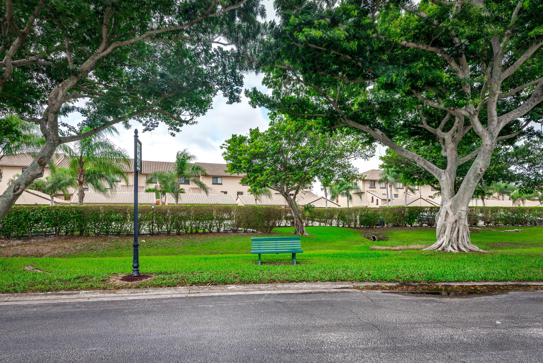 309 Pelican Way, Delray Beach, FL 33483