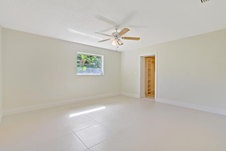 3120 Gulfstream Road, Palm Springs, FL 33461