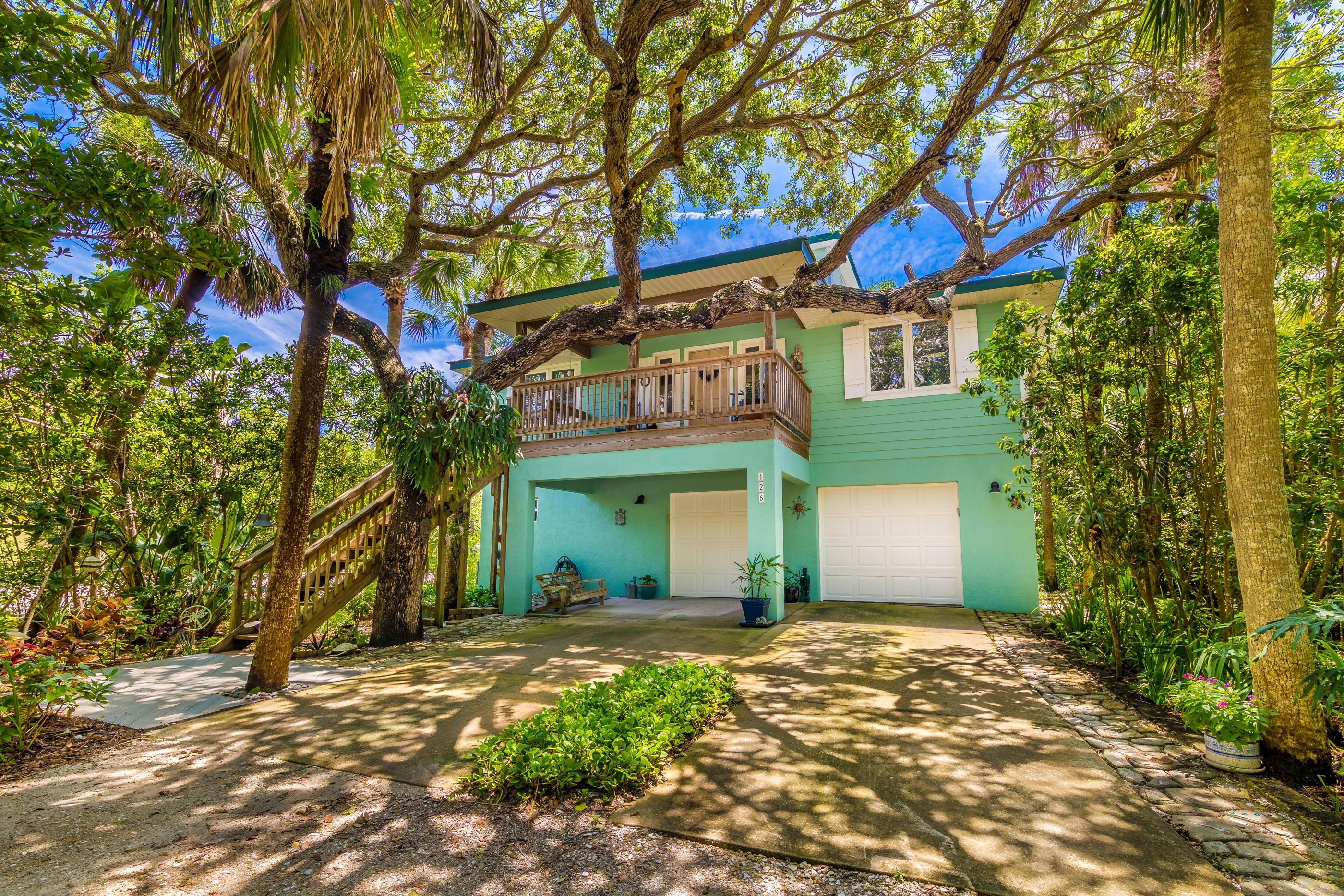 126 Paradise Point Drive, Melbourne, FL 32951