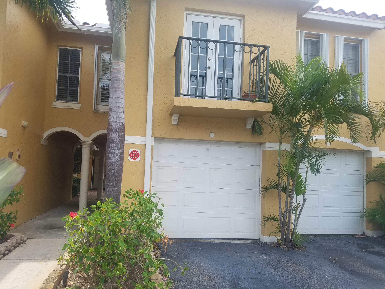 1060 Lake Shore Drive, Lake Park, FL 33403