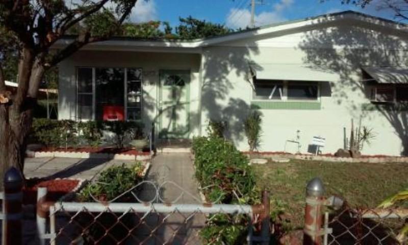 2340 Avenue M Avenue, Riviera Beach, FL 33404