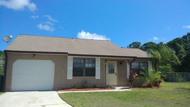 2491 Se Meadwood Court, Port Saint Lucie, FL 34952