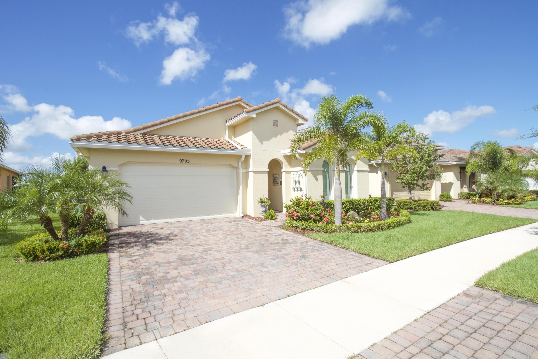 9705 Sw Chestwood Avenue, Port Saint Lucie, FL 34987