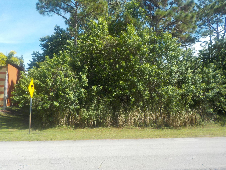 969 Sw College Park Road, Port Saint Lucie, FL 34953