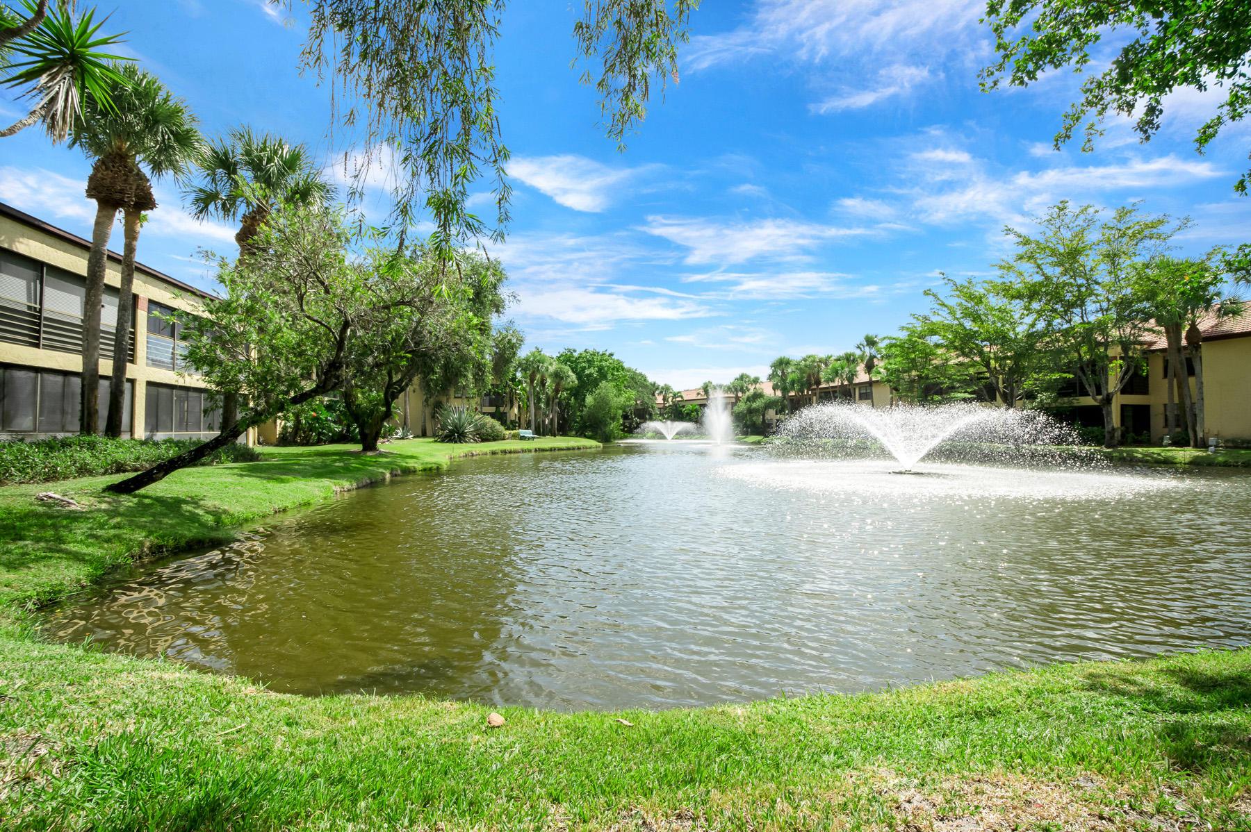 11216 Aspen Glen Drive, Boynton Beach, FL 33437