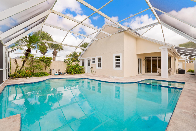 943 Dickens Place, West Palm Beach, FL 33411