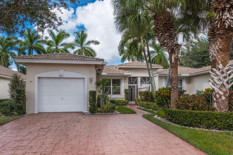 9611 Crescent View N Drive, Boynton Beach, FL 33437
