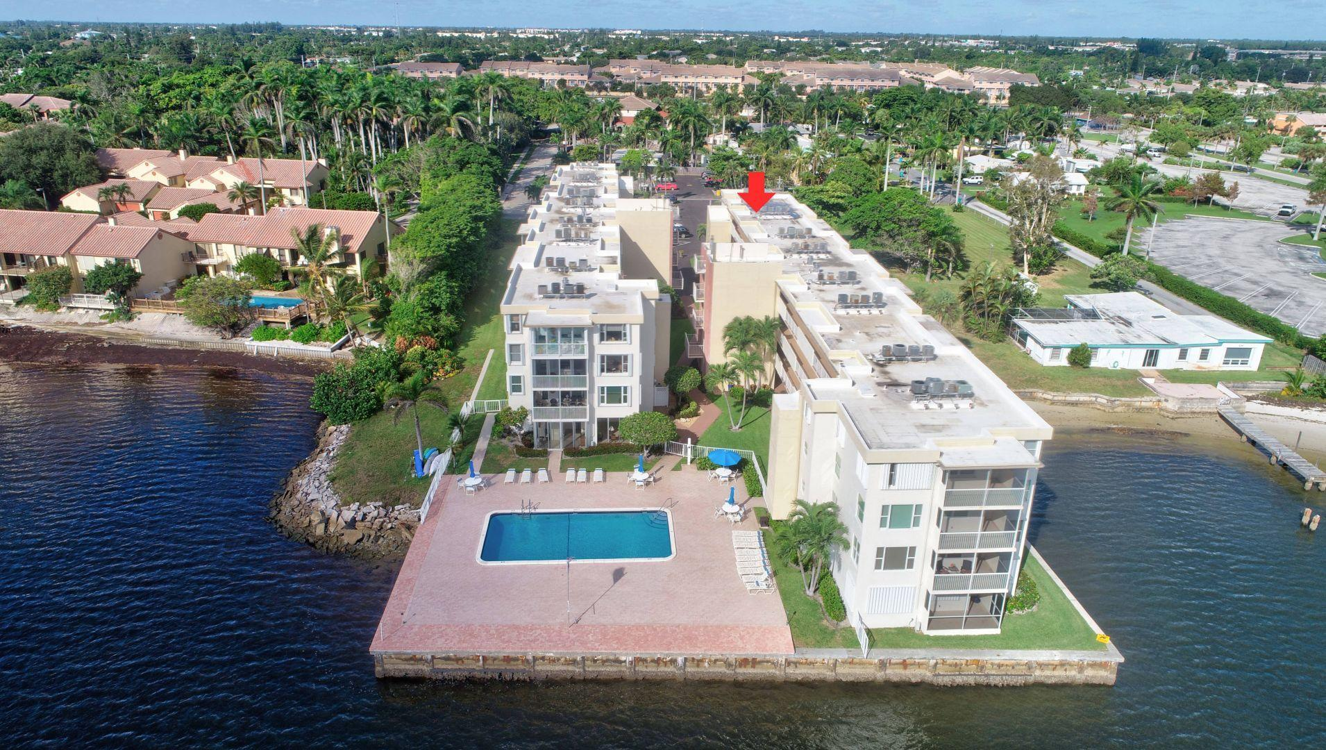 1820 New Palm Way, Boynton Beach, FL 33435