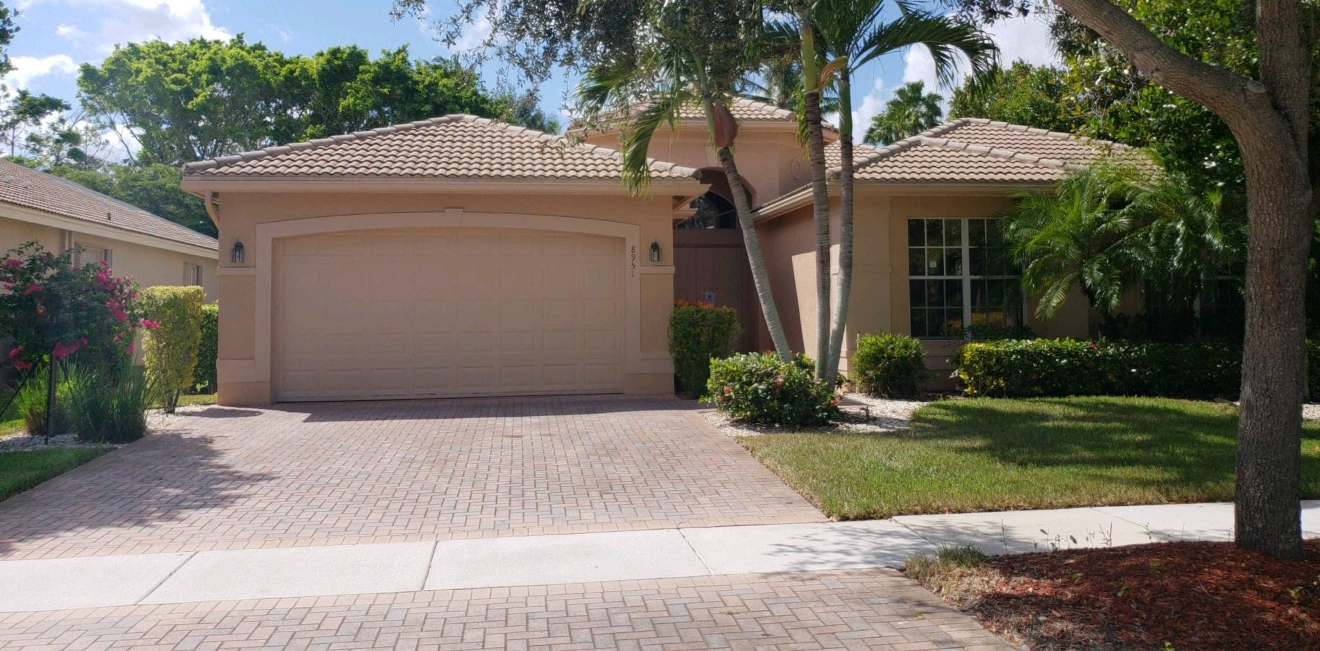 8951 Majorca Bay Drive, Lake Worth, FL 33467