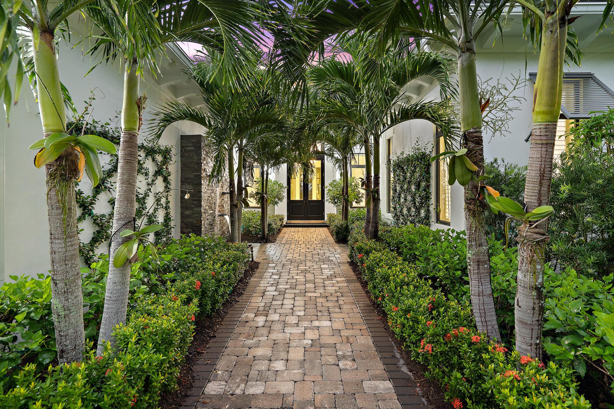 12165 Plantation Way, Palm Beach Gardens, FL 33418