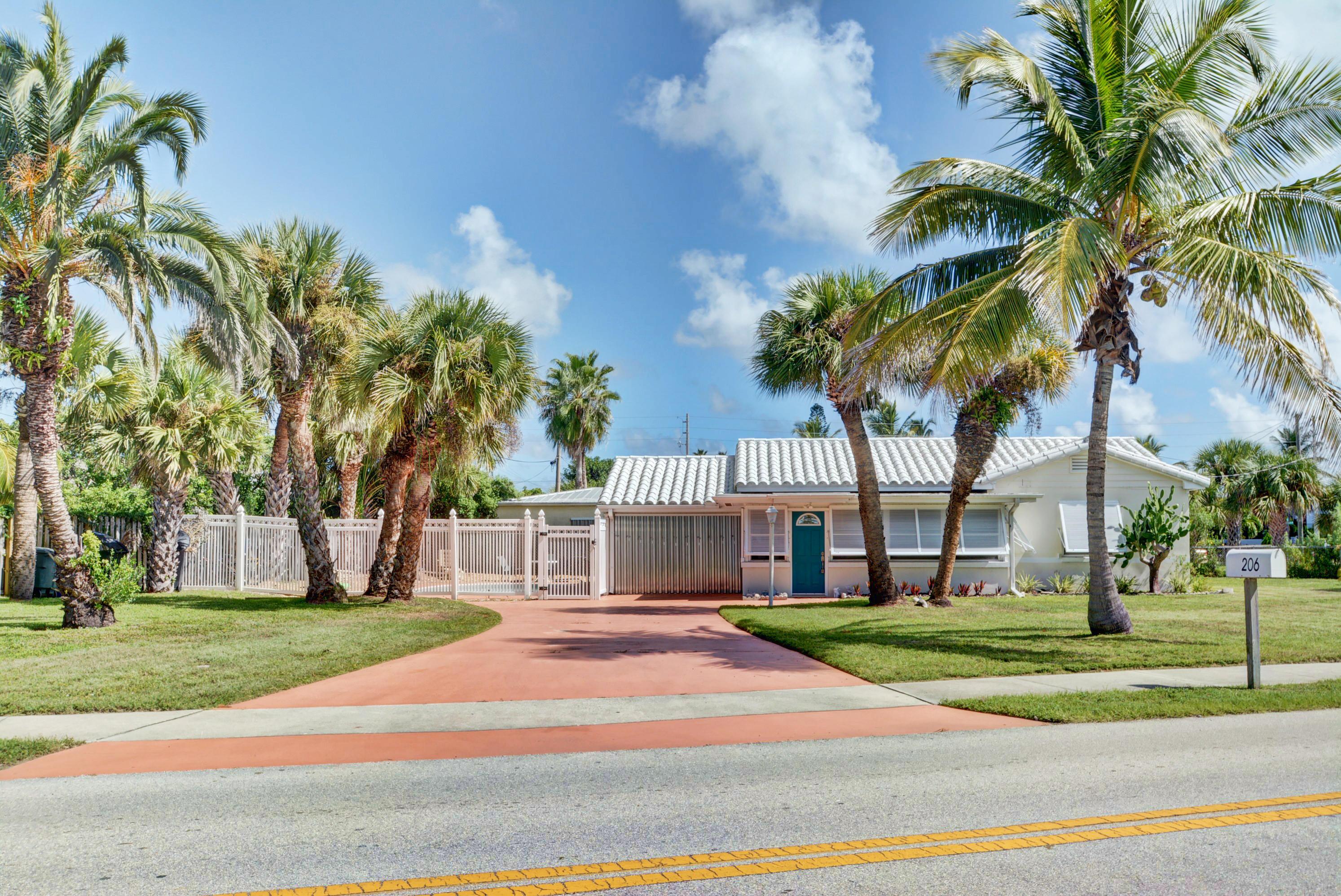 206 Fernandina Street, Fort Pierce, FL 34949