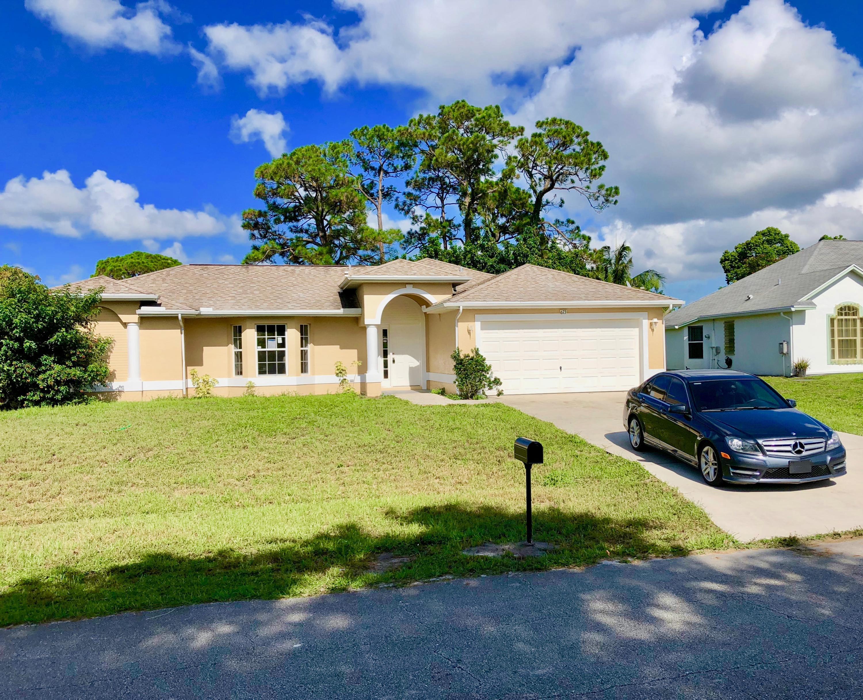 673 Sw Homeland Road, Port Saint Lucie, FL 34953