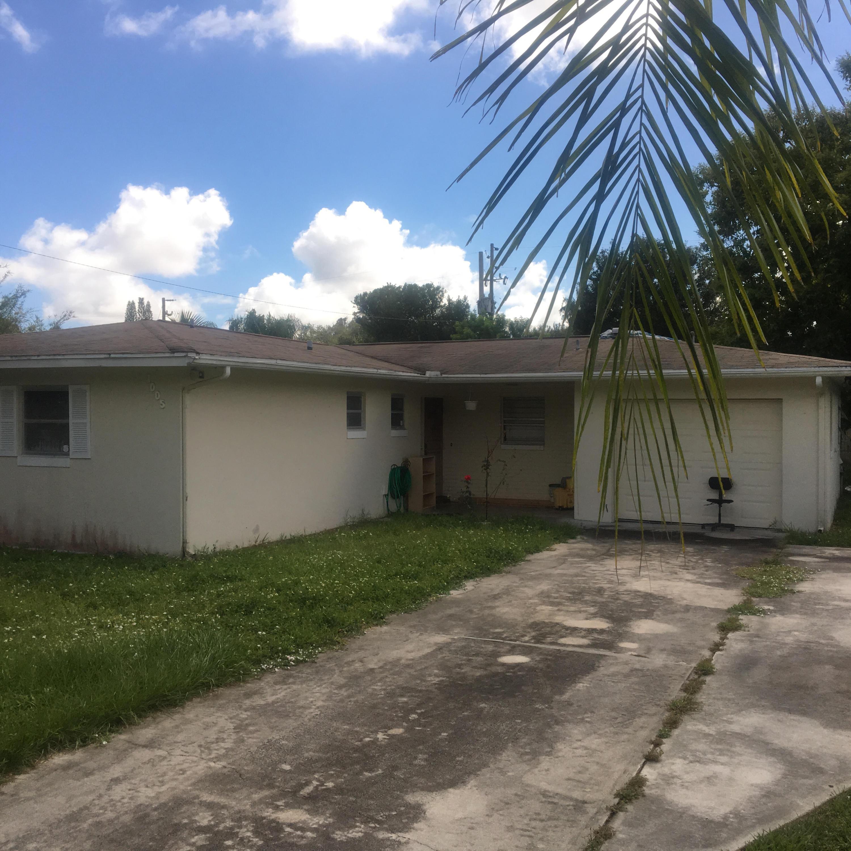 1005 Bermuda Avenue, Fort Pierce, FL 34982