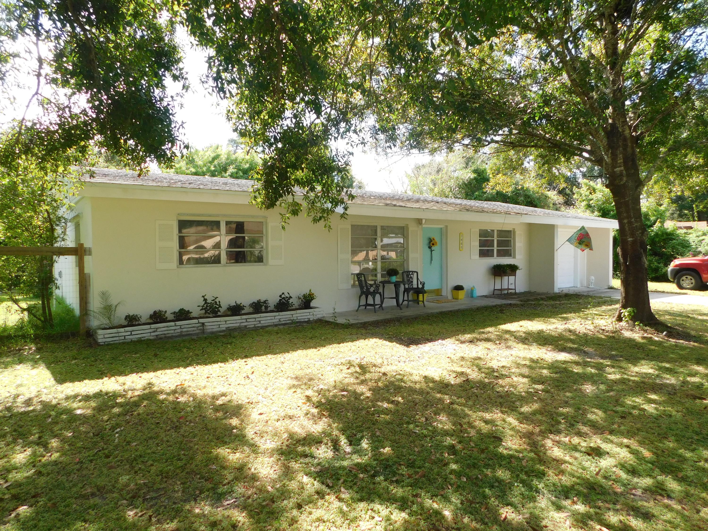 7805 Hibiscus Road, Fort Pierce, FL 34951