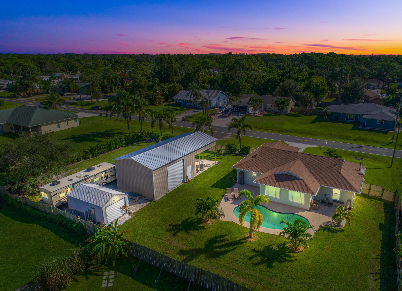 5911 Palm Drive, Fort Pierce, FL 34982
