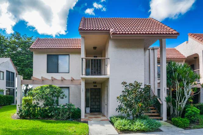 5771 Fairway Park Court, Boynton Beach, FL 33437