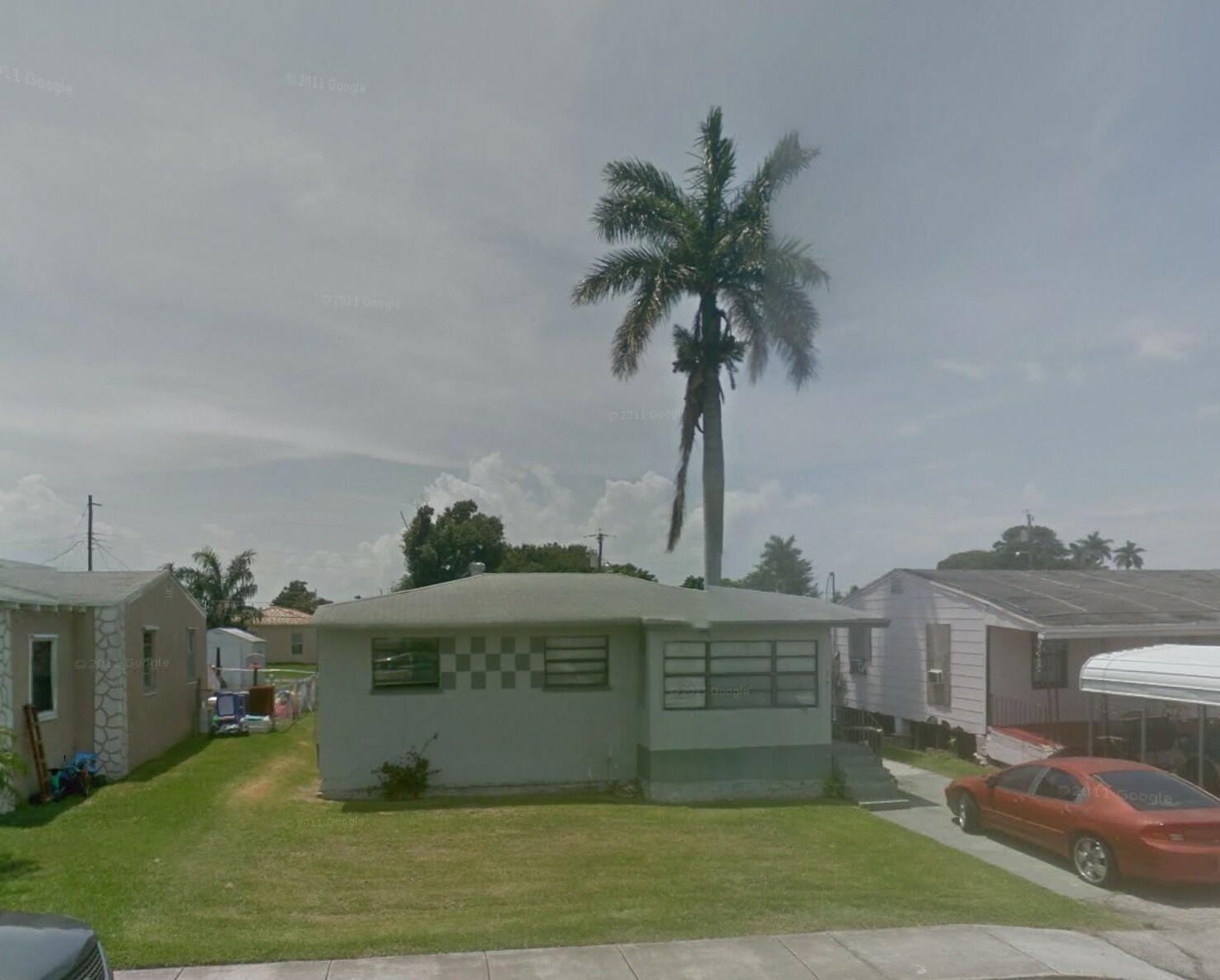 379 Banyan Avenue, Pahokee, FL 33476
