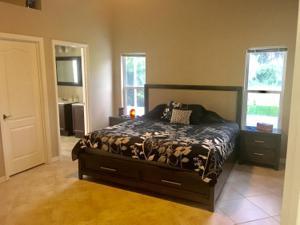 562 Sw Saint Martins Cove, Saint Lucie West, FL 34986