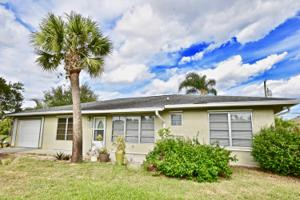 1979 Sw Monterrey Lane, Port Saint Lucie, FL 34953