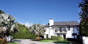 1 Wells Circle, Palm Beach, FL 33480