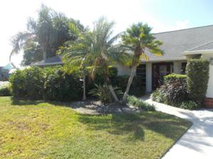 17 Crown Court, Fort Pierce, FL 34949