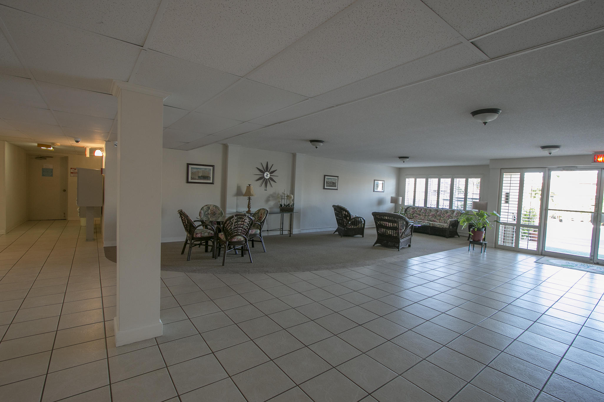 1502 S Lakeside Drive, Lake Worth, FL 33460